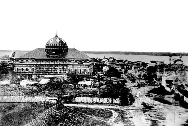 Construção do Teatro Amazonas – 1896 Fonte: Carmélia Esteves de Castro Coleção: Jorge Herrán