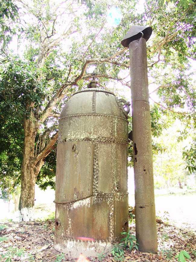 Antiga fornalha, que fornecia energia para a edificação