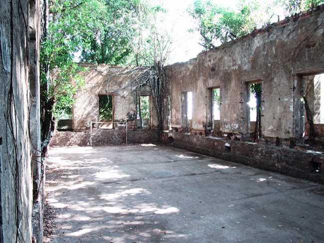 Patio Interno das Ruinas de Paricatuba