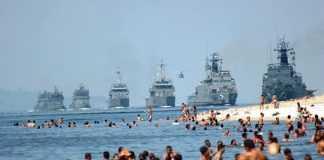 Marinha Brasileira chega em Manaus para parar os manifestantes
