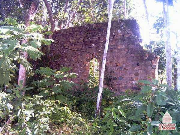 Ruínas da Cidade Fantasma Airão Velho no Amazonas