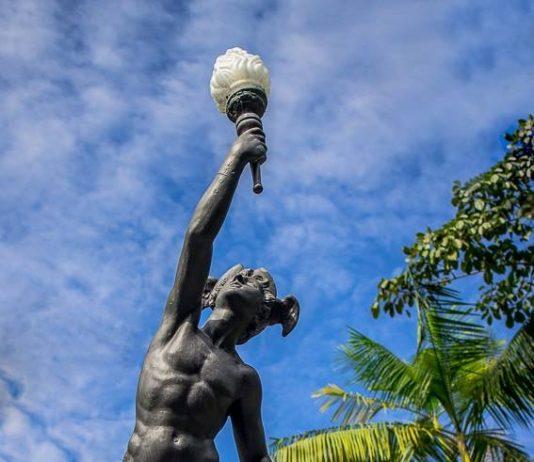 Estátua de Hermes em Manaus. Foto : Francisco Jota