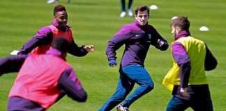 Inglaterra treina com três camadas de roupa como preparação para Manaus