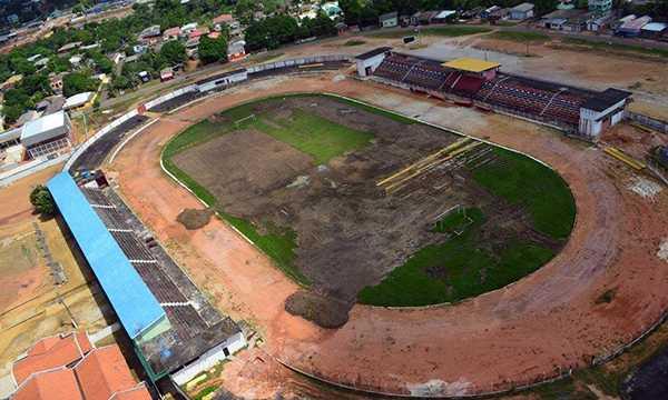 REFORMA DO ESTÁDIO GILBERTÃO EM MANACAPURU. Foto: Emanuel Siqueira.