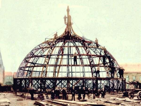 Cúpula do Teatro Amazonas em 1885