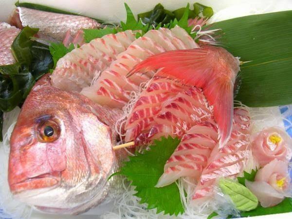 Um chinês apaixonado por sashimi – o famoso peixe cru japonês – ficou com o corpo absolutamente tomado por larvas