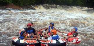 Turismo em Corredeira em Presidente Figueiredo