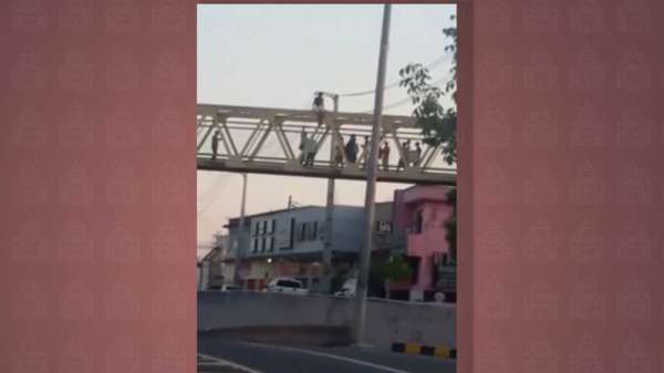 Tentativa de suicídio em passarela da Djalma Batista