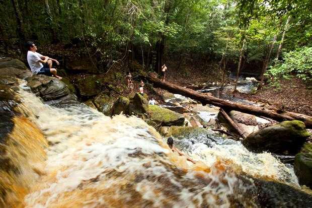 Conheça a Cachoeira do São Domingo / Foto : Turismo Consciente