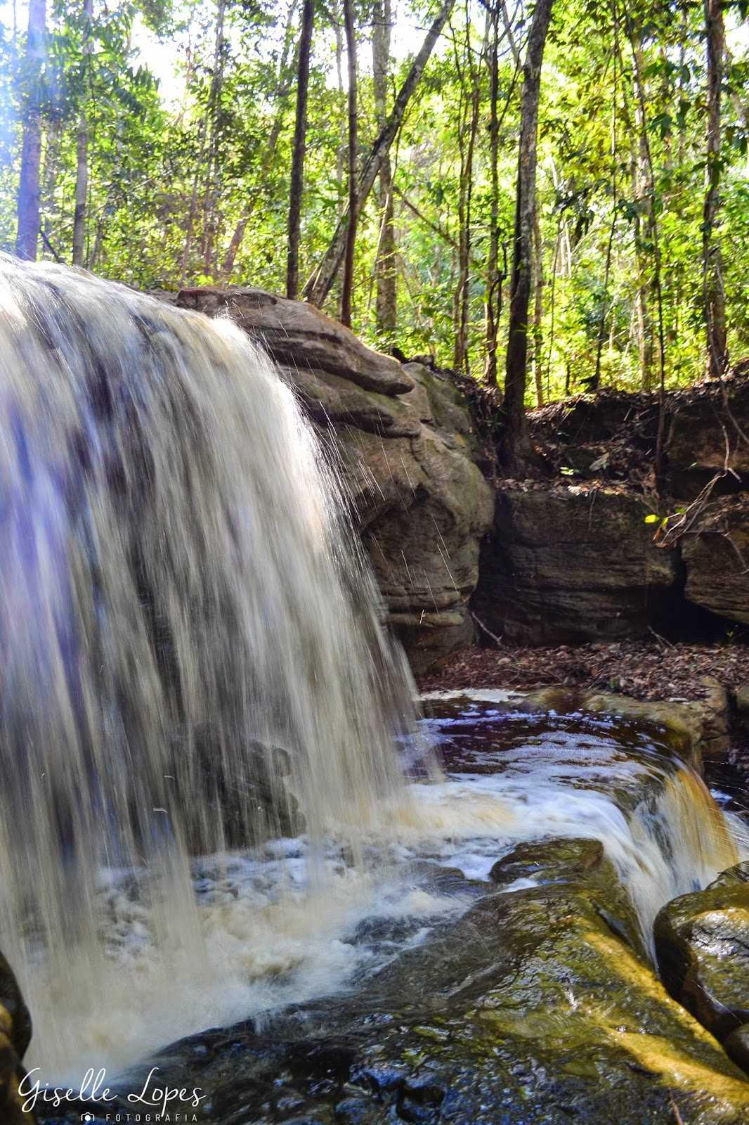 Conheça a Cachoeira do São Domingo / Foto : Giselle Lopes