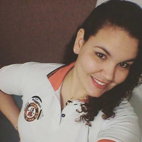 Cantora morre durante show em Humaitá