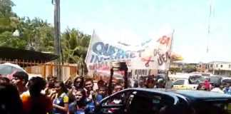 Governador José Melo e chamado de mentiroso pela população em Tefé