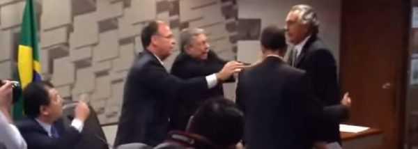 Senador chama Ministro Eduardo Braga para briga
