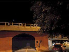 Túnel falso do Papaléguas causa acidente