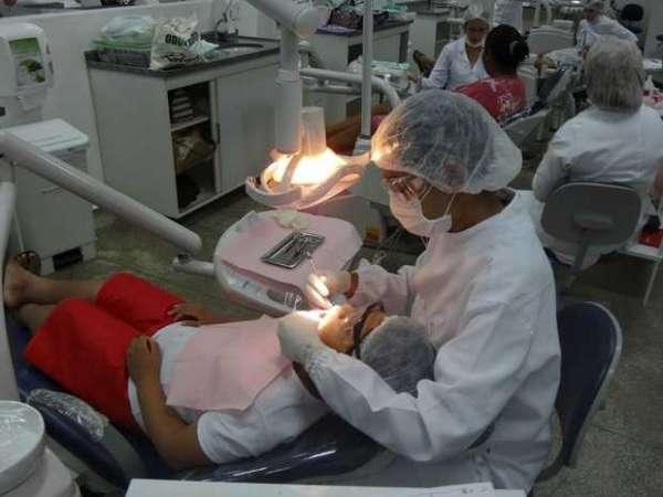 Clinica odontologica da UniNorte oferece tratamento gratuito de canal em Manaus