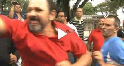 A confusão esta acontecendo na frente da casa de Lula