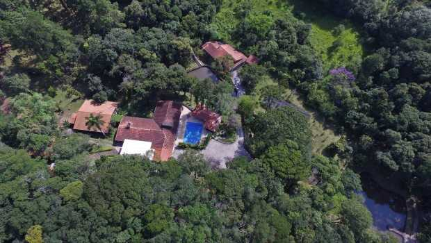 PF achou na casa de Lula o contrato de compra do sítio de Atibaia