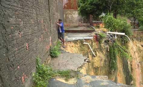 Foto: A Critica A rua do Seringal sumiu