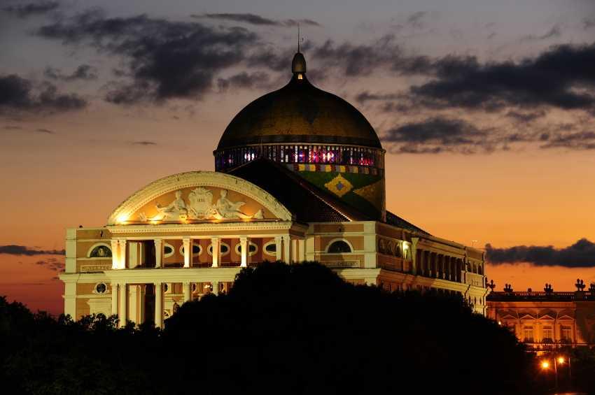 Teatro Amazonas, um dos cartões-postais de capital amazonense