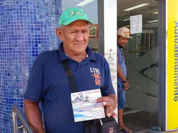 Jesus Fonseca revela ter ganhado prêmio em 1983, no Amapá.