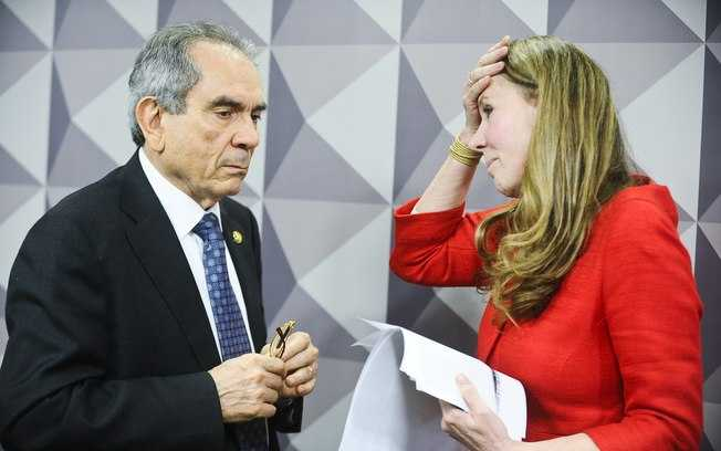Vanessa Grazziotin leva fora surpreendente e é 'expulsa' do impeachment