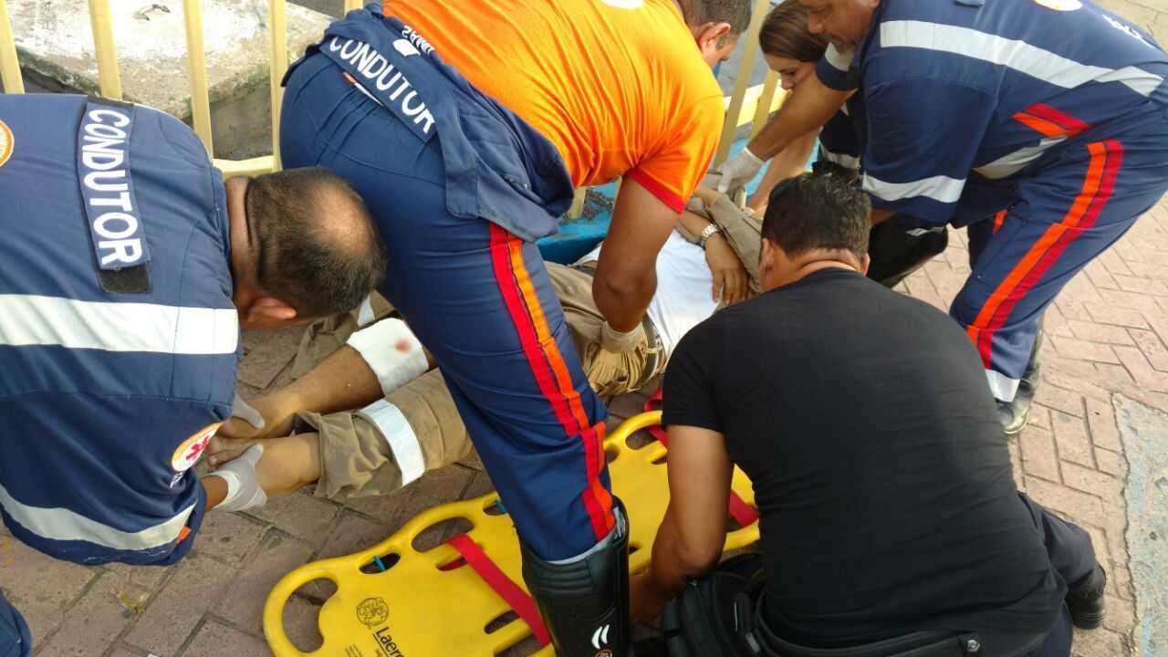 Em Manaus Motorista atropela marronzinho após receber multaEm Manaus Motorista atropela marronzinho após receber multa