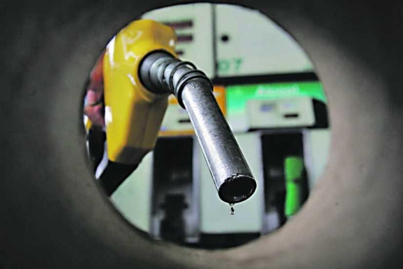 Postos diminuem o preço da gasolina em Manaus