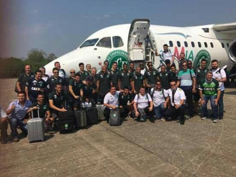 aviao-cai-na-colombia-com-time-do-chapecoense-