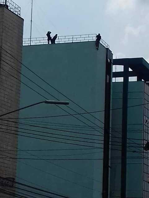 Homem tenta suicídio no prédio da UEA/ESAT