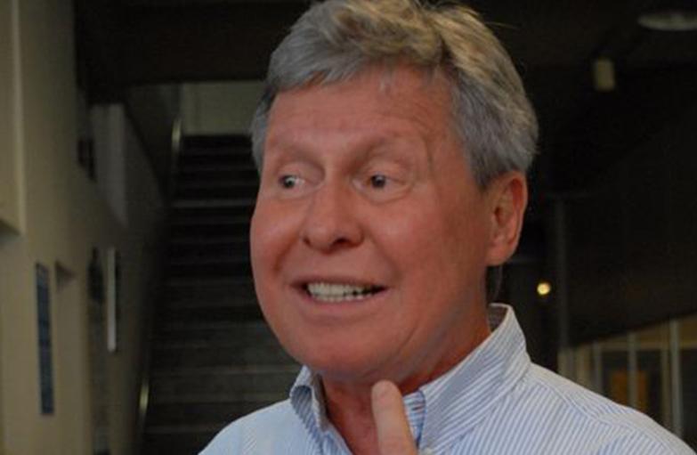 Artur Neto diz que se equivocou e encaminhou declaração de bens errada à Justiça Eleitoral