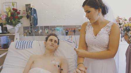 Kailem com a namorada Brandi-Lee Wadwell - Imagem reprodução