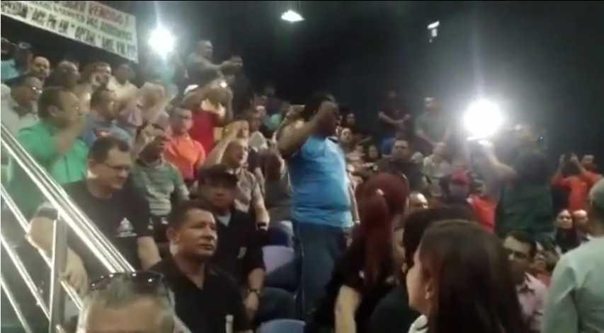 José Melo vetou a Emenda aprovada na última sessão plenária- Imagem reprodução do Youtube