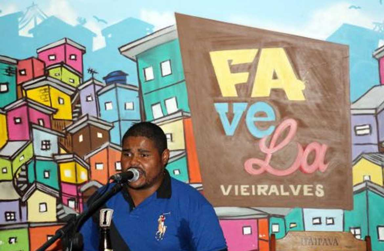 Com 07 atrações, favela Vieiralves agita a noite manauara