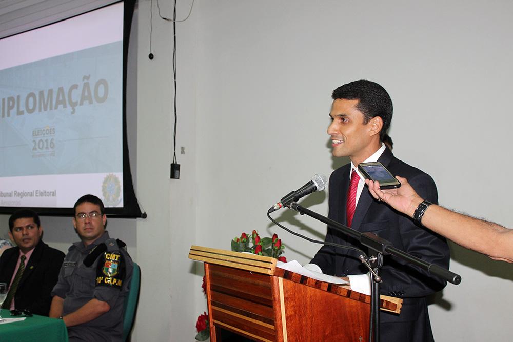 prefeito eleito de Maués, Júnior Leite (PROS)