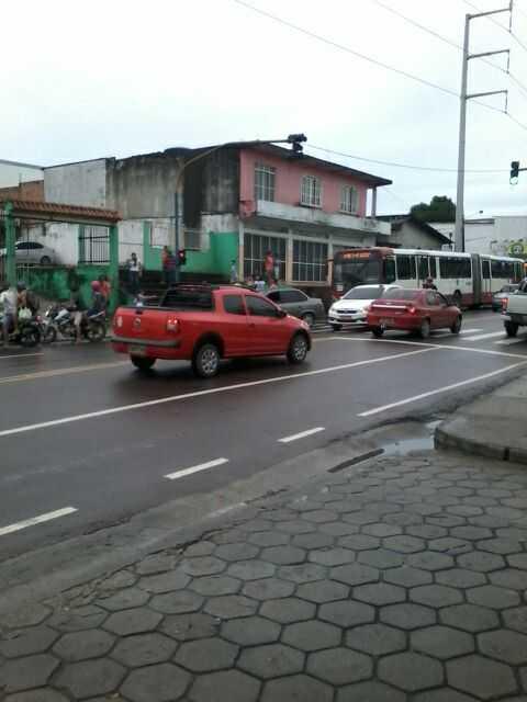 Motorista do 418 morre após ser baleado em assalto próximo ao Hospital Francisca Mendes - Foto: Notícias do Amazonas