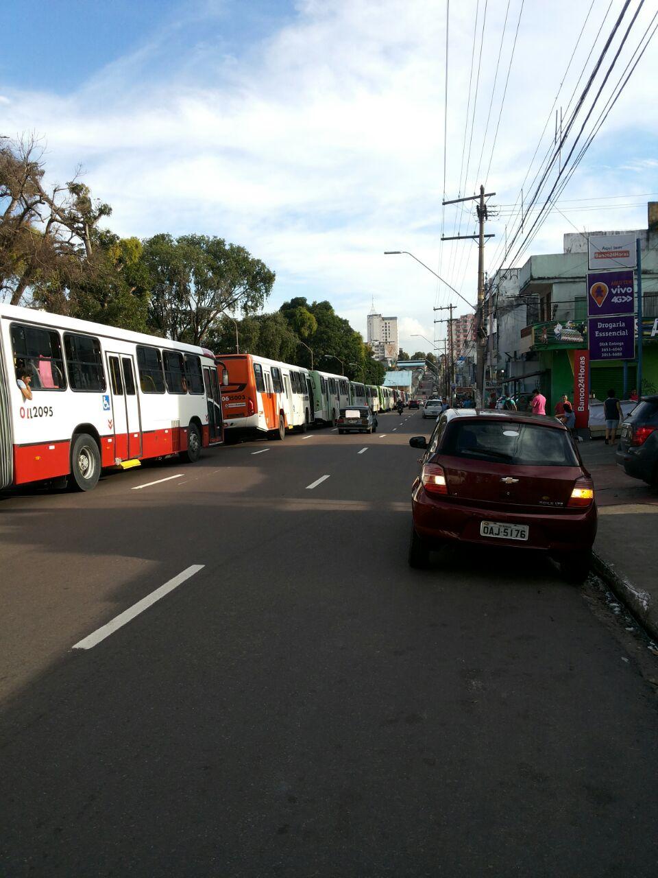 Previsão de greve dos rodoviários - Imagem: No Amazonas é Assim