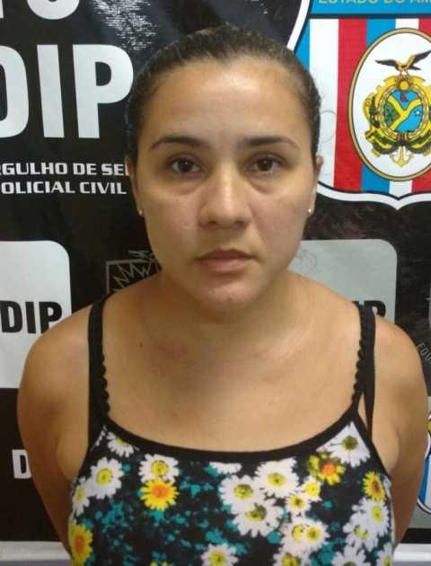 Claudia Regina Barreto Abrantes, 37, envolvida com o tráfico de drogas na zona Centro-Oeste da capital.