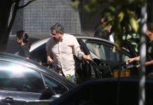 O assessor do presidente Michel Temer, Tadeu Filippelli, chega à sede da PF em Brasília após ser preso - Michel Filho / O Globo