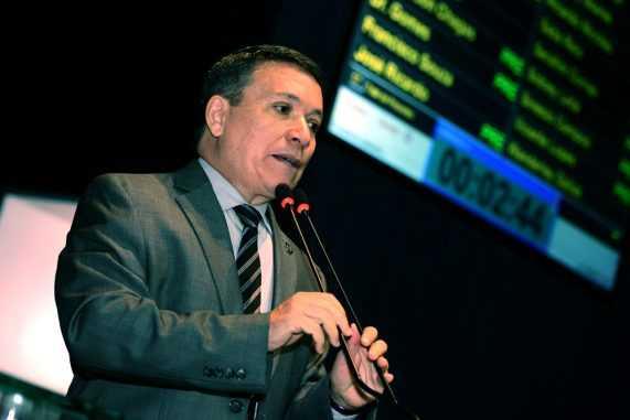 Deputado Vicente Lopes (PMDB)
