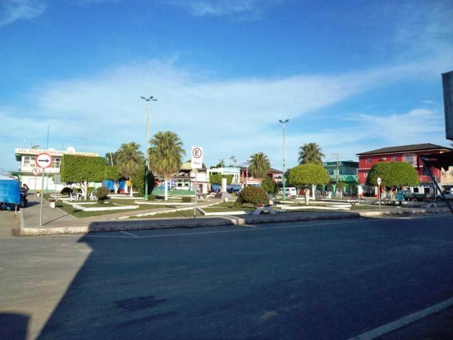 Praça na cidade de Manicoré no estado do Amazonas na região Norte do Brasil.