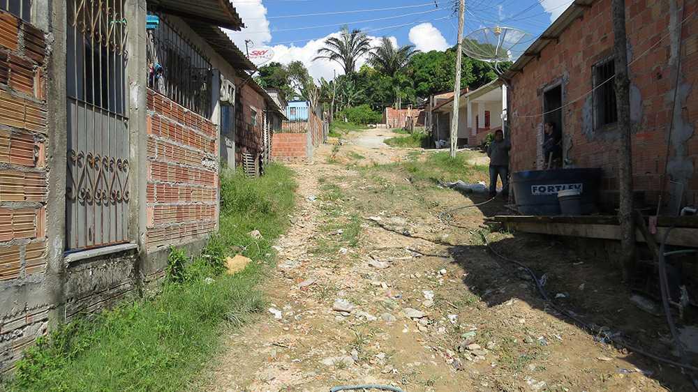 Moradores do Nova Floresta reivindicam melhorias em bairro e reclamam de esquecimento / Foto : No Amazonas é Assim