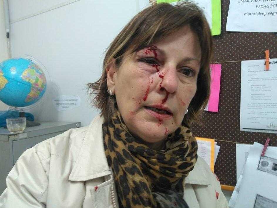 Professora Marcia Friggi foi agredida por aluno na sala da direção - Reprodução/ Facebook