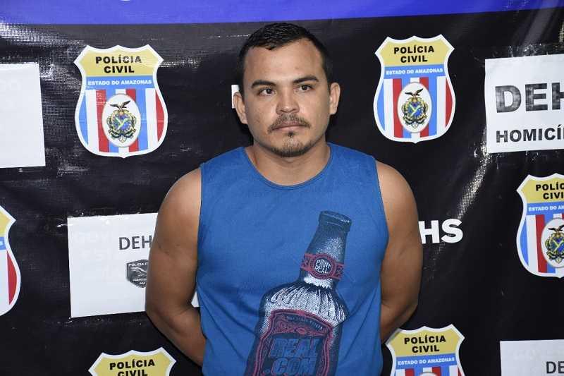 Marcos conduziu lancha que deu fuga à atiradores – Fotos: Erlon Rodrigues/Divulgação PC-AM