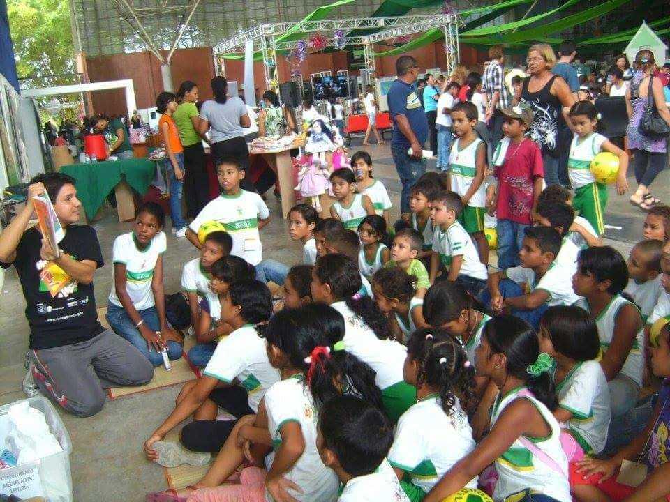 Ricardo Lopez mediador de leitura em Manaus / Divulgação