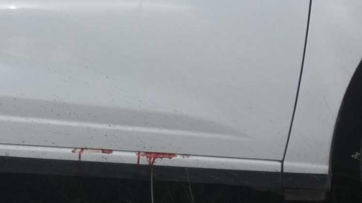 Táxi abandonado com marca de sangue em Manaus / Foto : Marcus Pessoa - No Amazonas é Assim