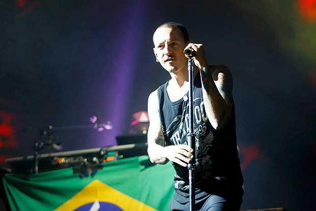 Chester Bennington, líder do Linkin Park, durante show em Belo Horizonte, em 2014