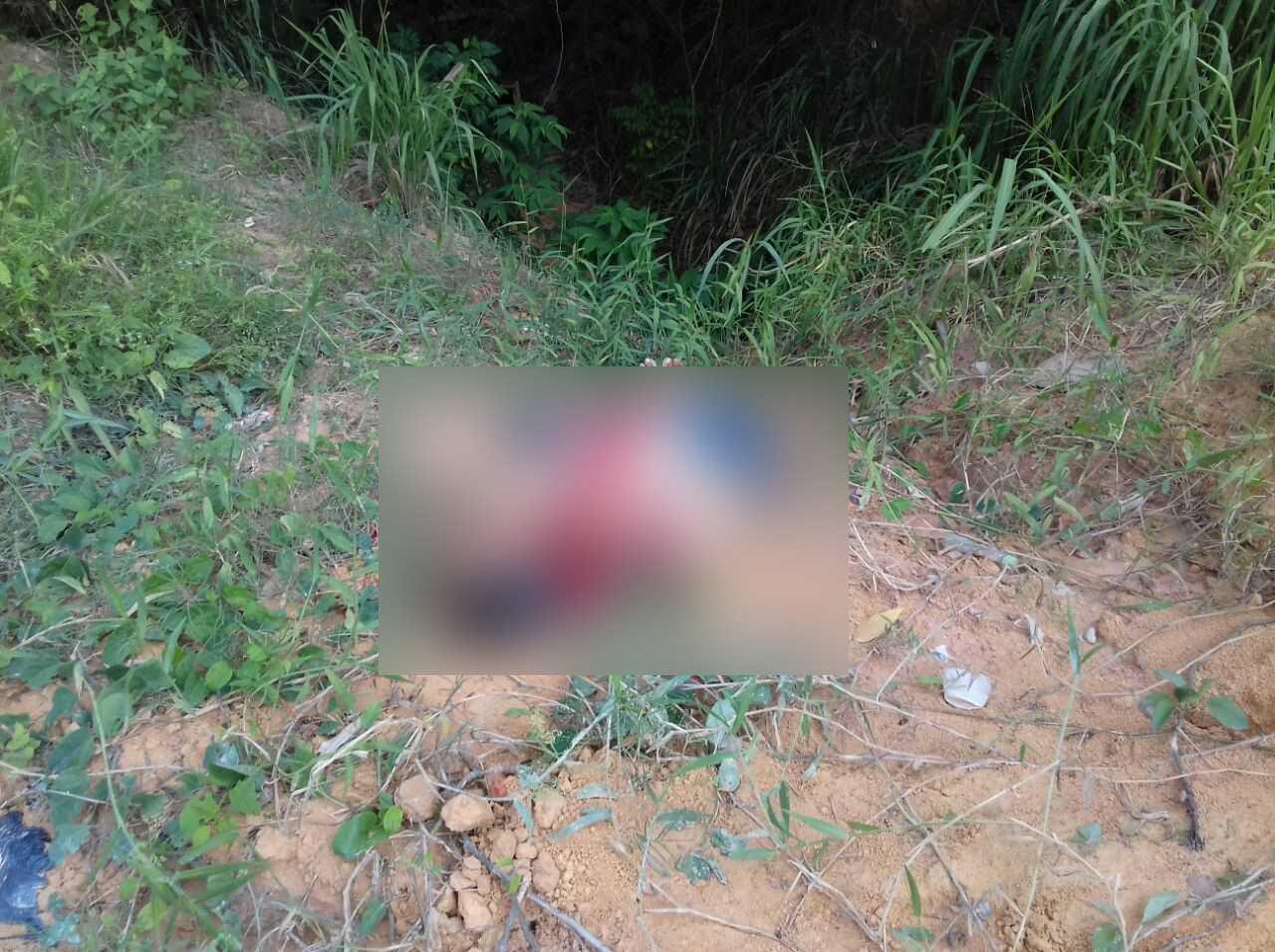 Corpo de homem decaptado é encontrado na avenida das Flores em Manaus - Imagem: Via Whatsapp