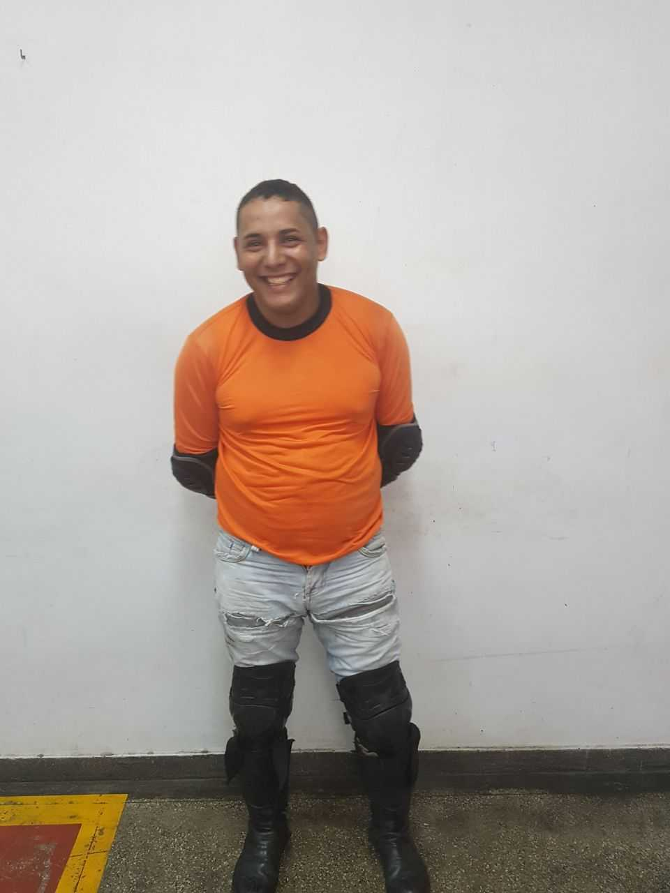 Mototaxista é detido com 1kg de entorpecente em Manaus - Imagem: Divulgação PM