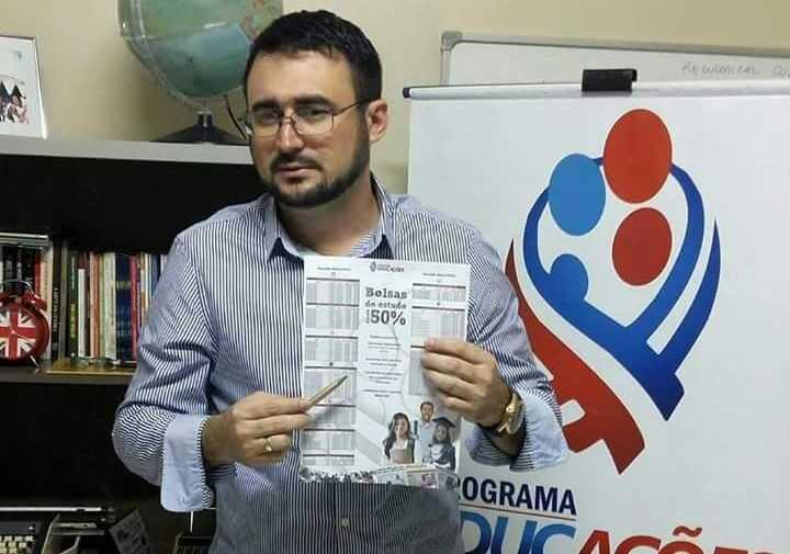 Programa faz seleção para 7,3 mil bolsas de estudo em Manaus, interessados têm até o dia 18/8 para realizar a inscrição - Imagem: Divulgação
