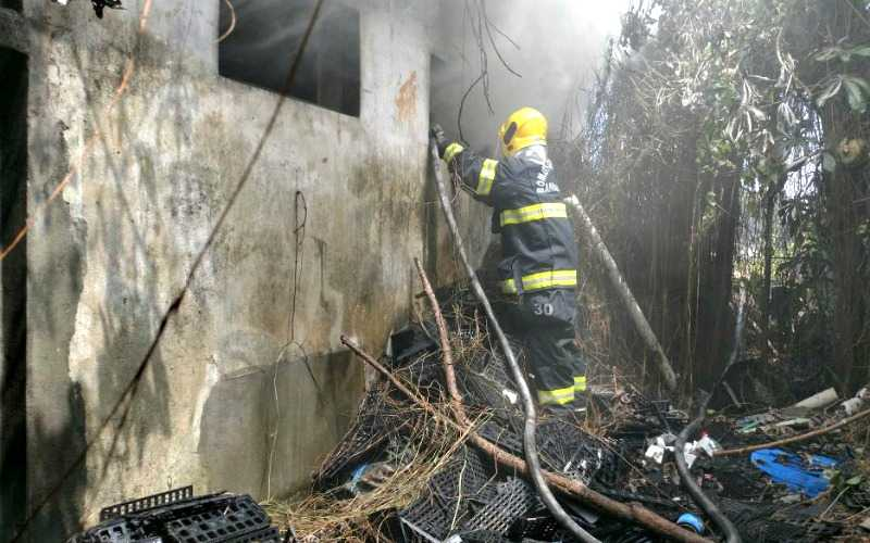 O incêndio foi considerado de pequenas proporções (Foto: Divulgação)